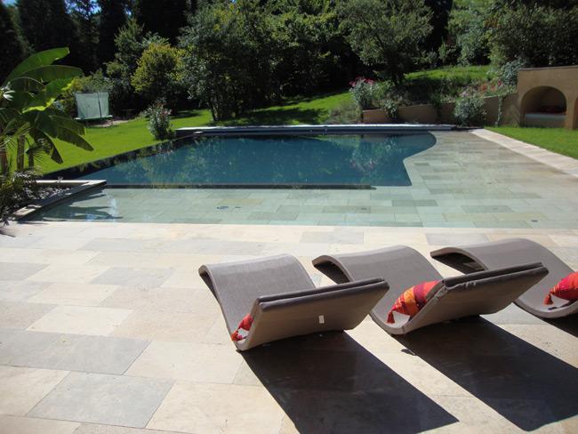 Realisations piscines prestige carrelages for Construction en bois toulouse